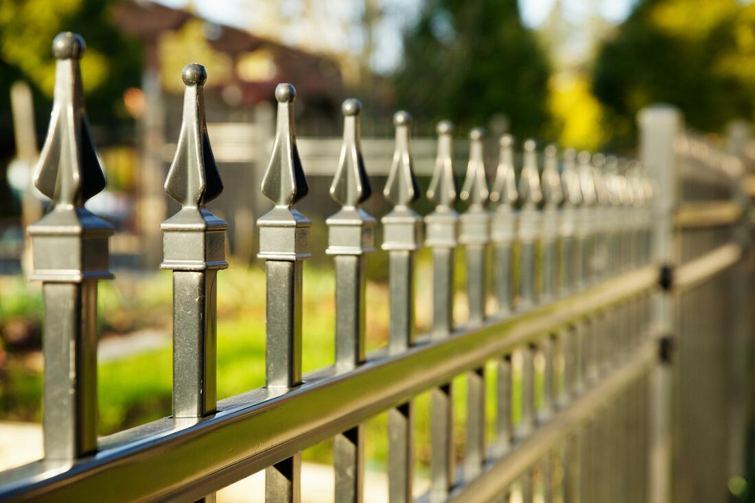 Metal fencing options Lexington KY